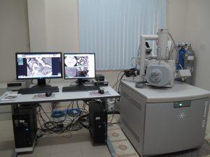 Kính hiển vi điện tử quét (SEM)