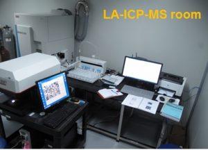 Phòng quang phổ phát xạ Plasma – Khối phổ ( LA- ICP-MS)